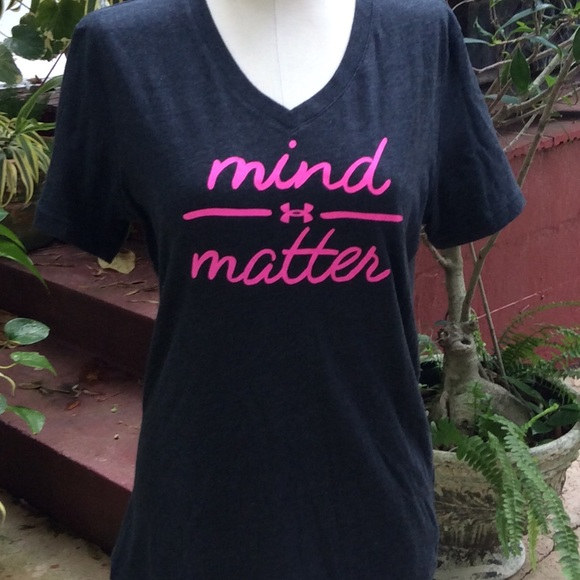 "Under Armour Tops - Under Armour ""mind matter""Top"